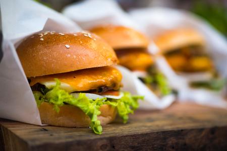 Der Hamburger-Shop nutzt Qualität und lecker