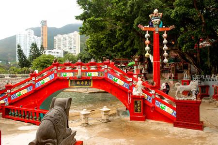 The Longevity Bridge. Tin Hau temple, Repulse Bay, Hong Kong