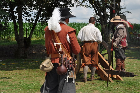gunnery: Pageant gun shooting