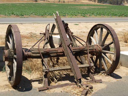 old wood farm wagon: Old Wagon Hitch