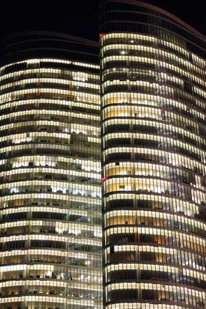beh�rde: Abu Dhabi Investment Authority Turm