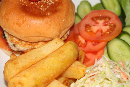 hamburguesa de pollo: Hamburguesa de pollo de comidas