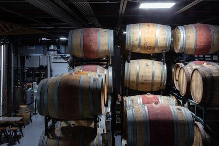 Bourbon barrel aging of beer 版權商用圖片