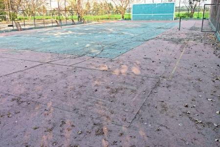 A deserted tennis court Stock Photo - 18486737