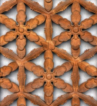 grecas: Patr�n de calado en la pared de madera