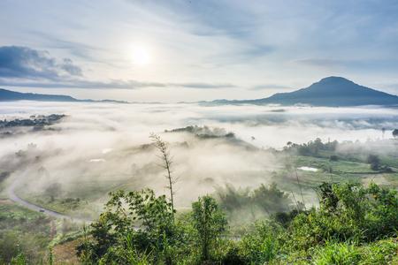 Land of mist aerial view from Khao Ta-Khian Ngo  viewpoint. Location in Khao Kho District, Phetchabun, Thailand, Southeast Asia. 免版税图像