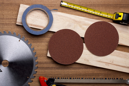 woodwork: Elements of the circular on woodwork.