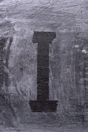 Zwarte grunge alfabet plakband effect.Letter I