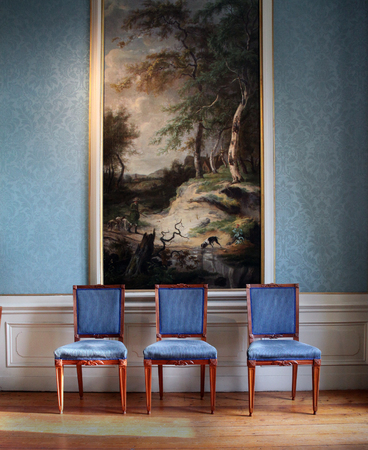 arredamento classico: Amsterdam, Netherlands-november 4, 2015: Antique interior in Amsterdam Canal house