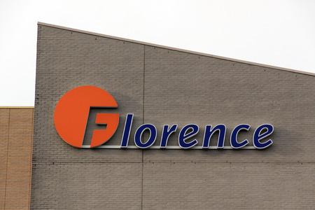 Amsterdam, Nederland-16 oktober 2016: brieven Florence op een gebouw in Amsterdam