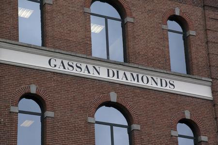 Amsterdam, Nederland-december 18, 2016: Gevel van Gassan Diamonds in Amsterdam Redactioneel