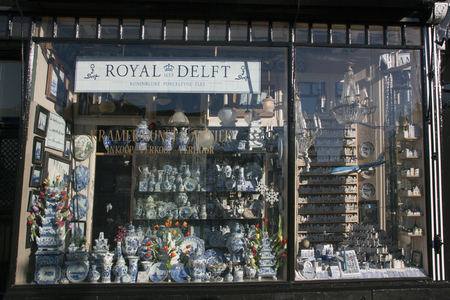 Amsterdam, Netherlands-december 4, 2016: facade of a delft pottery store in Amsterdam Editoriali