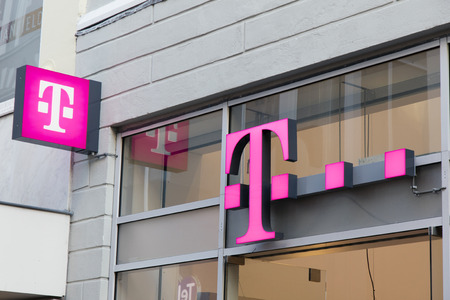 Amsterdam, Netherlands-januari 19, 2017: T-mobile letters in a facade in Amsterdam Editorial