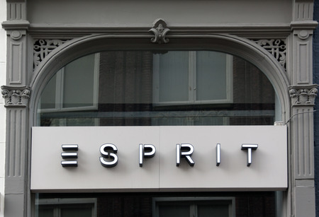 Amsterdam, Netherlands-februari 6, 2017: letters esprit on a facade in amsterdam