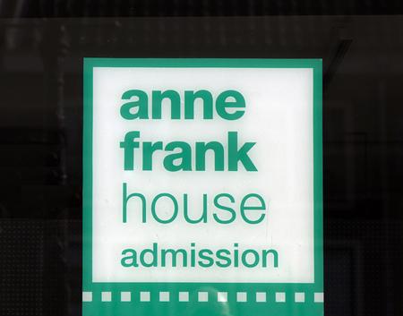 Amsterdam, Nederland-maart 12, 2017: Brieven anne franke huistoelating bij het anne frank huis in Amsterdam