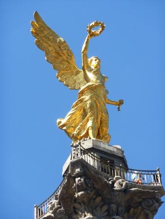 angel de la independencia: Monumento del �ngel de la Independencia en la Ciudad de M�xico
