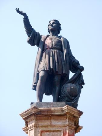descubridor: Estatua de Colón en la Avenida Reforma en la Ciudad de México
