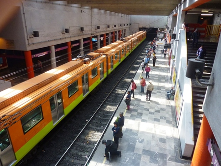 subway platform: March 10, 2015: The Pantitlan subway station in Mexico City Editorial