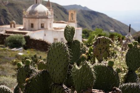 実際のデ Catorce メキシコの砂漠の教会