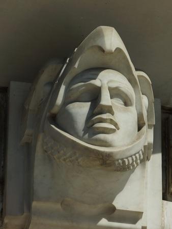 メキシコのアステカの鷲の戦士の彫刻