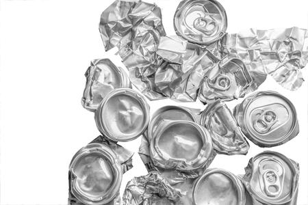 アルミニウムのリサイクリングはスクラップ アルミニウム製品に再利用することができます、壁紙を抽象化、ごみの再利用、地球、業界背景保存概 写真素材