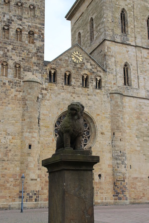 abuses: The lions poodle in Osnabrueck