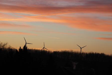 Windenergie Standard-Bild - 50905994