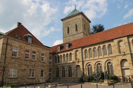 Eine Kathedrale Standard-Bild - 57872493