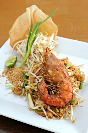 pad thai with shrimp Stock Photo