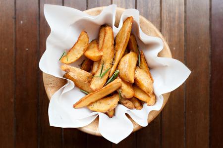 fried snack: potatowedges, potato deep fried snack