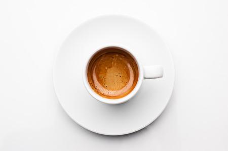 상위 뷰 흰색 배경에 고립 된 에스프레소 커피 한잔 스톡 콘텐츠