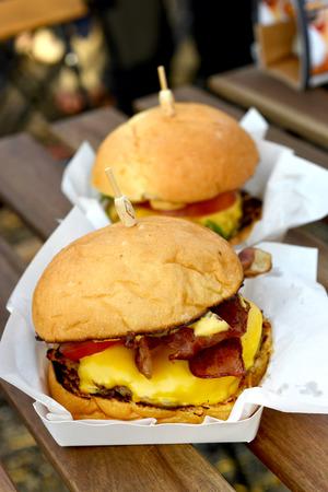 cheeseburgers: Cheeseburgers