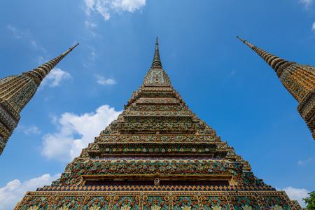 Wat Pho or Wat Phra Chetuphon Vimolmangklararm Rajwaramahaviharn is one of Bangkok's oldest temples, it is on Rattanakosin Island, directly south of the Grand Palace. 免版税图像