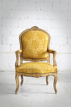 Luxurious vintage armchair Standard-Bild
