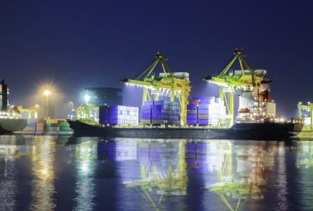 container operatie in de haven serie
