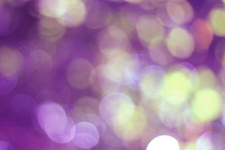 Natürlicher lila Bokeh-Hintergrund Standard-Bild