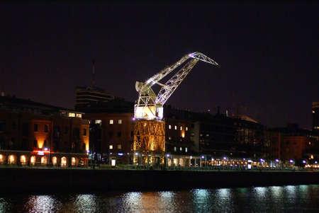 iluminated: Antiguo iluminated gr�a en el puerto de Buenos Aires