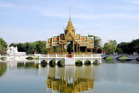 Bang Pa In palace (public domain) photo