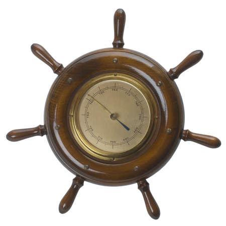 caoba: Dirección Náutico Helm  barco de ruedas con un barómetro en el centro - aisladas sobre fondo blanco