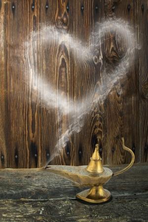alladin: Alladin s lamp with smoke heart