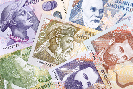 Money from Albania, a business background Editöryel