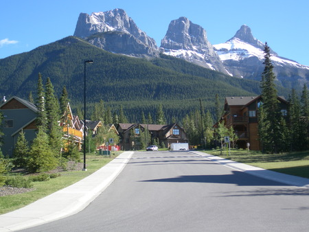 canmore: Canmore Alberta Canada has a lot to offer for travelers