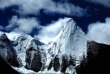 jokul: Yangmaiyong Mountain (elevation of 5958m)-Tibet Asia