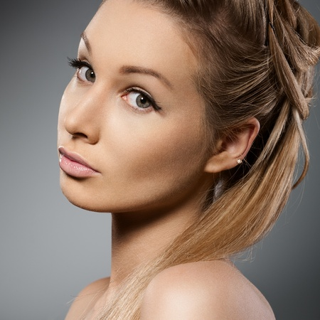 Beauty face of beautiful woman with clean fresh skin Stock Photo - 13108170