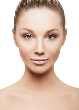 beautiful girl face: Beauty face of beautiful woman with clean fresh skin - isolated