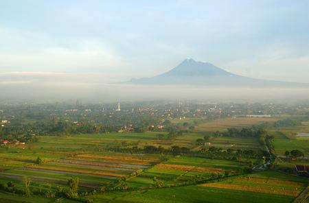 ムラピ山、ジョグ ジャカルタ、インドネシア