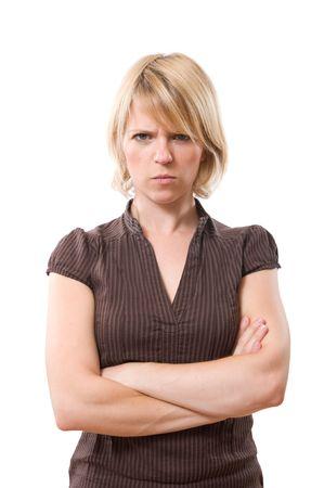 rgern: ver�rgert blond Frau mit verschr�nkten Armen isoliert auf weiss