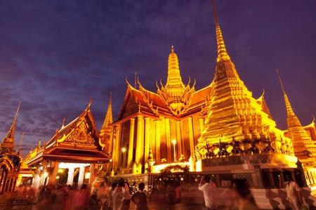 The Royal Pantheon at Wat Phra Kaew in Bangkok, home of the Emerald Buddha, at night  에디토리얼