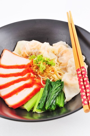 Chinese Noodle with pork and won ton  photo