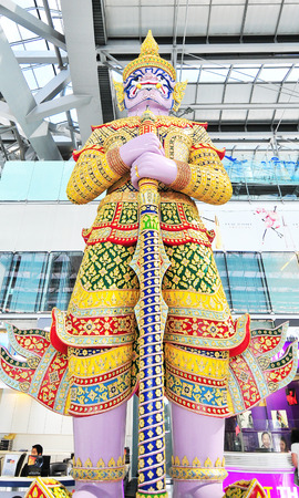 world's: BANGKOK - JULY 1   Giant guarding statue at Suvanaphumi Airport, JULY 1, 2014,Suvarnabhumi airport is world s 4th largest single-building airport terminal   Editorial